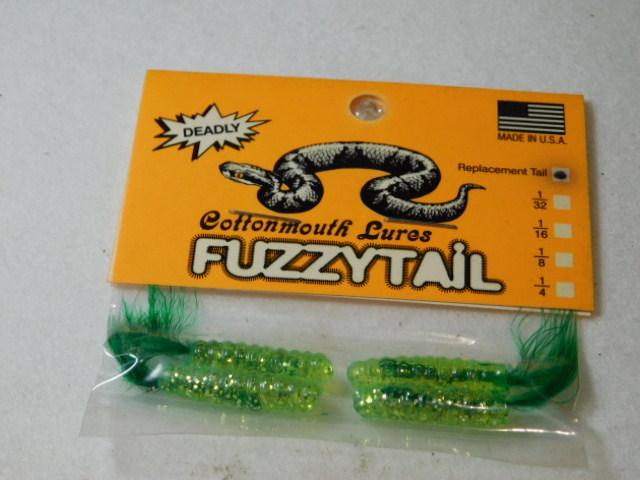 Chart. Glitter/Green Fuzzytail Jig